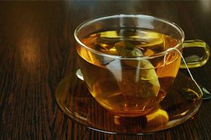 コップに入ったお茶