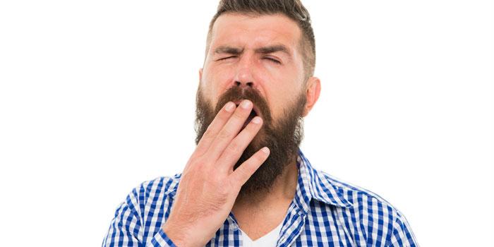 禁煙で眠くなる男