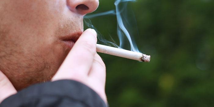 タバコ ふかし