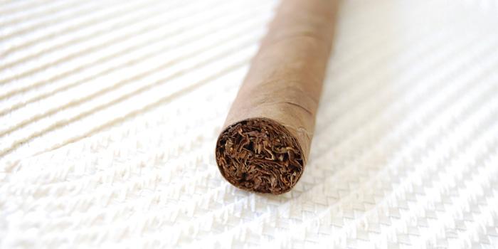 リトルシガー・シガリロの吸い方