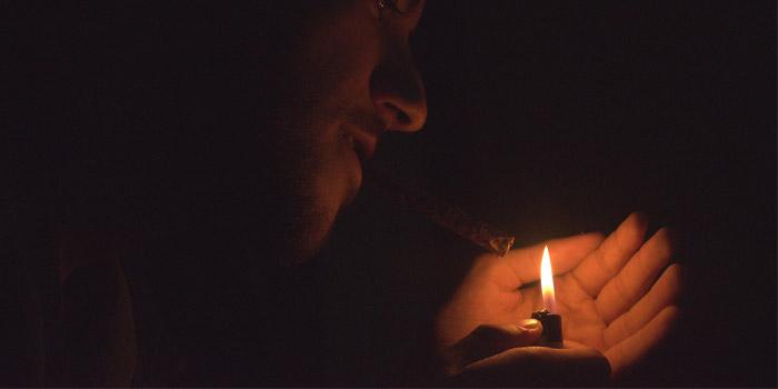 リトルシガー・シガリロ・葉巻は吸い方で健康被害のリスクが変わる