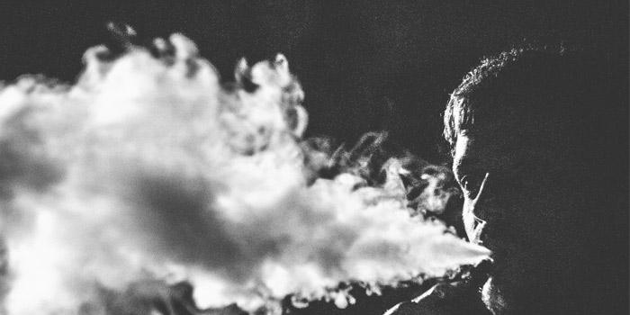 タバコの煙を使った技